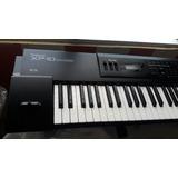 Piano Roland Xp10