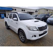 Toyota Hilux 2013 Semi Nueva